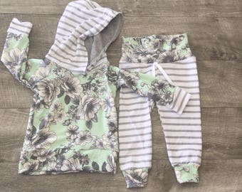 Grey flowers on mint Baby girl outfit, newborn girl clothes, stripe baby girl joggers, toddler girl, baby girl clothes