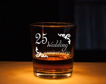 Anniversary gift, personalized glass, Wedding Anniversary gifts, Gift for Anniversary, Wedding gift, Anniversary whiskey glass, perfect gift
