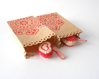 3 hand painted paper bellows gift bags, red madala paper bags, favor scallop kraft paper bags, folding bags, custom Christmas packaging
