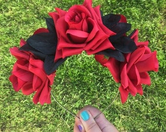 Red Rose Headband, Red Flower Crown, Red Rose, Wedding Headband, Goth Crown, Bride Crown, Festival Band, Halloween Flower Crown, Sugar Skull