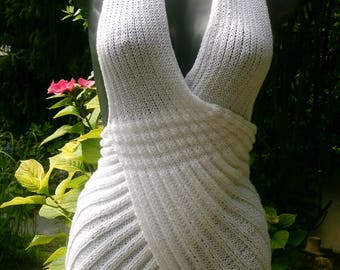 Halter knit top, white, size 38-40 (S M), UK 12, US 10