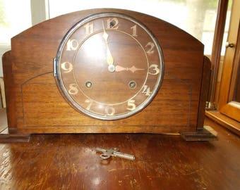 Antique New Heaven Mantel Clock