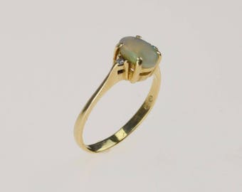 14k Yellow Gold Fire Opal Ring Size 5