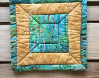 Green Gold Splash Quilted Mug Rug Fabric Coaster 5""