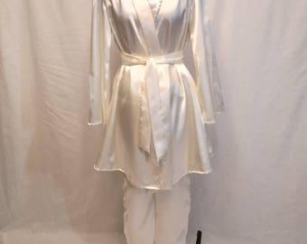 Women's Ivory Sleepwear Complete Set