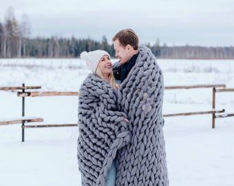 Chunky knit throw blanket, 100% merino wool, arm knit blanket, extra warm chunky knit blanket