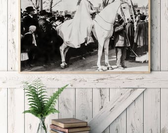 Suffragettes Protest on Horseback Photo, Inez Milholland, Equal Pay, Voting Rights, Equal Rights, Women's History, Wall Art Decor, 1913