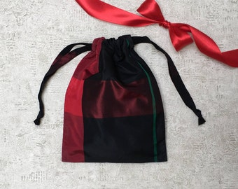 unique smallbag of Plaid black red and green Plaid - taffeta bag