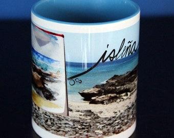 "Mug Isleña's ""Playa de Jandía"" Fuerteventura. Printed in a coloured inner coffee ceramic mug."