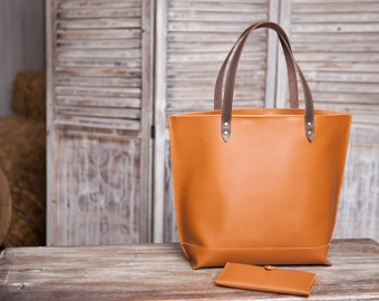 Women's leather tote bag Small tote bag Leather purse Women's tote Carryall Shopper Women's gift Birthday gift leather Tote by OKRA