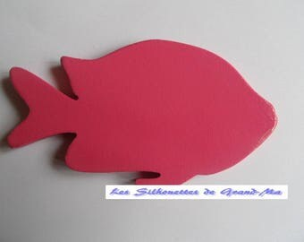 Fish trivet supports warm thanks to a special patent, cleans with a sponge.