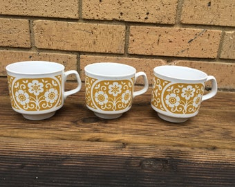 1970s teacups - TAMS ware - mustard yellow floral pattern - Vintage 70s retro set of 3