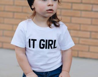 It Girl Shirt, It Girl Onesie, Baby Girl Shirt, Baby Girl Outfit, Baby Shower Gift, Baby Girl Onesie, Expecting Mom Gift, Birthday Girl Gift