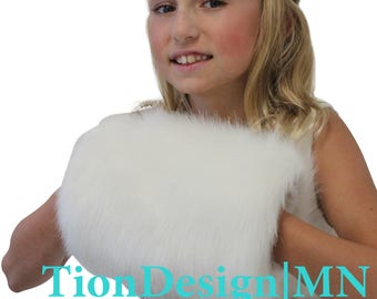 Ivory Faux Fur Hand Muff For child size, faux fur hand warmer, wedding fur muff, bridal fur muff 270F-IVY-M