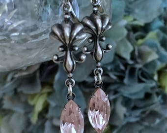 Pink Swarovski Crystal earrings, blush pink crystal earrings, silver vintage inspired earrings, wedding jewelry, bridal jewelry