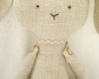 Handmade natural linen cloth bunny rabbit rag doll. Piccola Valentina. Taffettà.