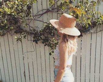 Vintage Straw Hat // Womens Boho Wide Brim Sun Hat