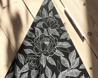 Wooden image - leaves and flowers