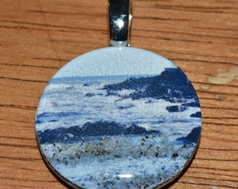 Necklace pendant of Mothers Beach in Kennebunk Maine