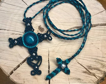 Macrame necklace with cross pendant and aquamarine, dark blue and turquoise