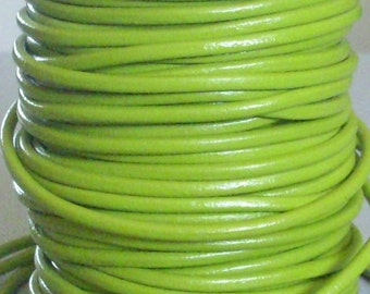 20 cm leather - lime green - 3 mm round leather cord