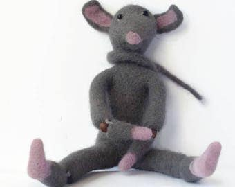 Soft monster toy Fantasy creature Felted mouse figure Fantasy toy Collectable Rat toy Mouse lover gift Cute monster toy Handmade felt toy