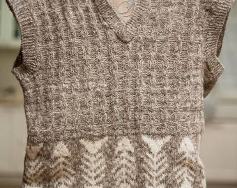 DISCOUNT %: Men's Gray Knitted Woollen Vest / Knitted Vest with Pattern