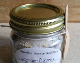 Lavender and Oatmeal Bath Salts 480
