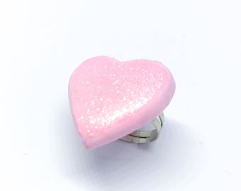 Kawaii pink heart ring with glitters - fairy kei, sweet lolita, pastel goth, pink ring - glittery effect ring - harajuku fashion creepy cute