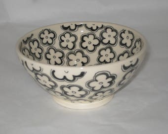 Hand Thrown, Hand Painted Ceramic Bowl - Black & White Flower Design