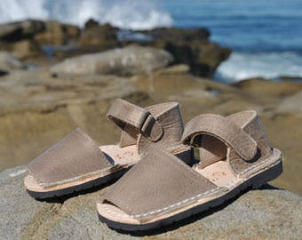Brown/Taupe kids sandals