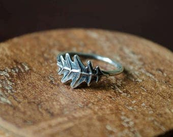 Oak leaf nature silver ring // Gift for her