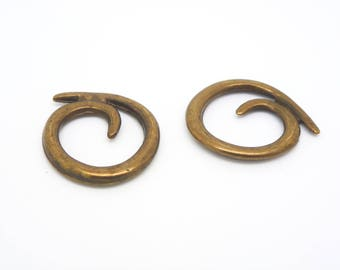 2 charms or connectors ethnic spiral snail 20 mm antique bronze (XCB02)