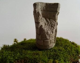 Chullpas of Sillustani miniature broken or broken - Ideal for decoration gray with fine details