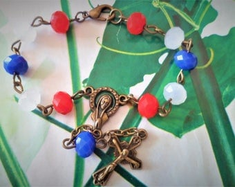 Tenner glass faceted blue white red Bronze to hang on the rear view mirror of car