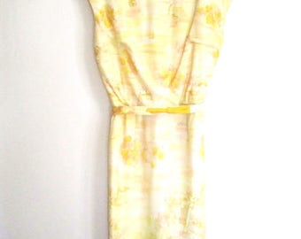 M 50s Dress Novelty Print Day Yellow Nylon Sleeveless Sheath Wiggle Belt by Westover Walker VLV Medium