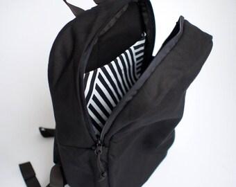 Wave Daypack, Black Canvas