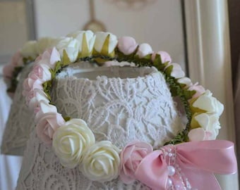 Crown shabby with her gaggle of flowers