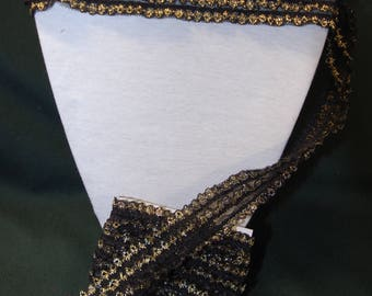 2 m black and gold lace