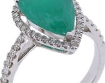 Columbian emerald 44 diamonds