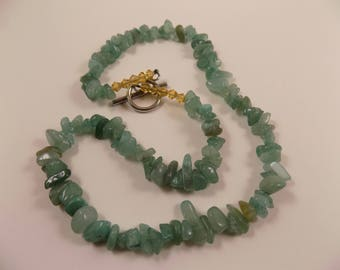 Settingdown Road beaded necklace - green freeform chips, looks like gemstones