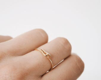 Simple gold ring, Gold ring, Stacking ring, Stacking gold ring, Dainty Jewelry, Minimalist jewelry, R083