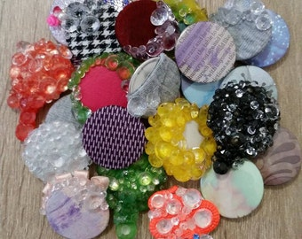 badge buttons, sparkle, fabric