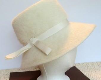 Vintage Ladies Cream Angora Fur Hat | Coronetta Body Made in Italy | 1960s Wide Brim Hat | Women's Fashion Accessory | Winter White