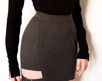 Tube skirt with cut