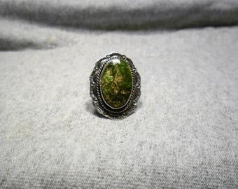 Vintage Navajo Sterling Silver Green Turquoise Ring Size 6