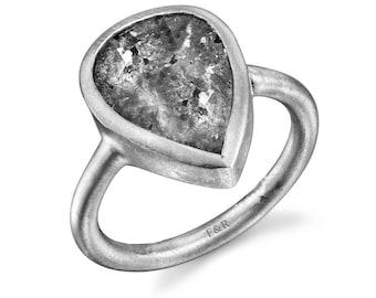 Portraiture Diamond Ring