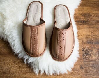 Men LEATHER slippers Natural man slippers brown new flip flops father boyfriend christmas giftboho  breathable shoes boots