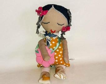 Bambola di stoffa, Handmade doll, fatina dei denti con borsetta, creatura magica, regali per bimbe fantasiose