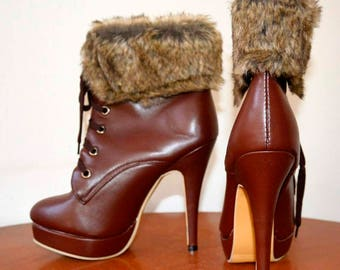 Boots of ankle boots with fur trim size 36, 12 cm stiletto heel